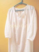 【SALE】60%offエアリースモックワンピース*ロココ刺繍/白地×ホワイト刺繍*