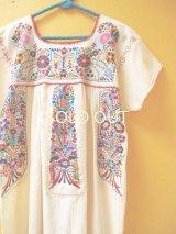 小花刺繍のメキシカンワンピース*プエブラ/ちょうちょ水色刺繍*