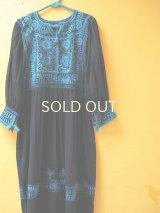 メキシコ刺繍ワンピース*ティエラ・カリエンテ/ネイビー地×ブルー系刺繍*