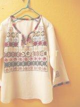 メキシコ刺繍ブラウス*生成り地/格子刺繍*