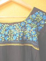 メキシカン刺繍チュニック*ブルー小花刺繍/ブラック*