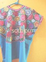 メキシコ刺繍民族ウィピルブラウス*カラフルお花刺繍*