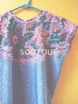 メキシコ刺繍民族ウィピルブラウス*ハンド刺繍/ピンク花*