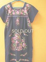 メキシコ定番刺繍ワンピース*ネイビー/ピンククジャク刺繍*