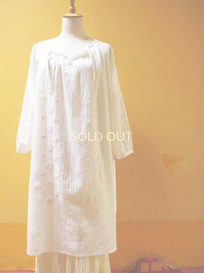 画像4: 【SALE】60%offエアリースモックワンピース*ロココ刺繍/白地×ホワイト刺繍*