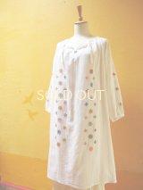 【SALE】エアリースモックワンピース*ロココ刺繍/白地×カラフル刺繍*