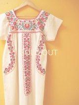 小花刺繍のメキシカンワンピース*マゼンダ*