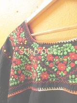 メキシカン刺繍チュニック*レッド小花刺繍A/ブラック*