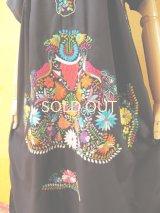 メキシカン刺繍ワンピース*ブラック/対になったクジャク刺繍B*