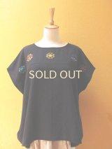 【SALE】40%offメキシコ刺繍ブラウス*幾何学模様の刺繍/チェナロー/グアテマラ織り地黒色*