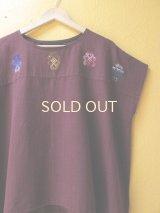 【SALE】40%offメキシコ刺繍ブラウス*幾何学模様の刺繍/チェナロー/グアテマラ織り地赤茶色*