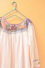 【訳あり値引き】メキシコ刺繍チュニック*小鳥刺繍/ラウンドネック/ホワイト*
