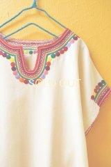 メキシコ刺繍ゆったりブラウス*レインボーカラー/生成り地*